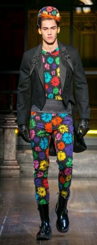 Moschino's Fall 2016 Men's Show CABELO